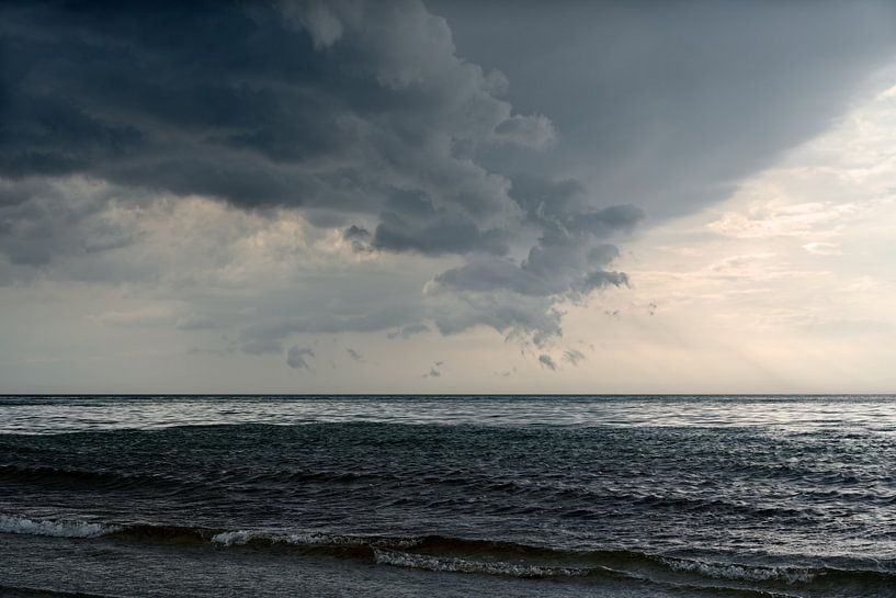 Donderwolk aan de Oostzee van Ralf Lehmann