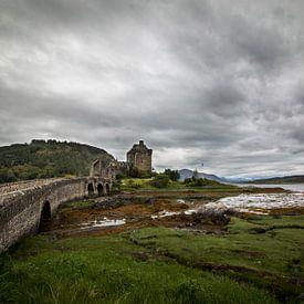 Eilean Donan Castle Schotland van Marcel Keurhorst