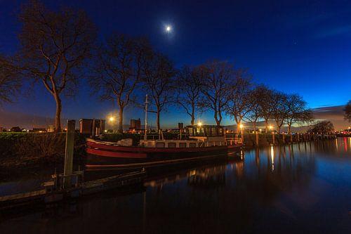 De Noodhaven van Schoonhoven tijdens een blauw uurtje