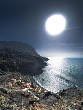 Zicht op het kustplaatsje Alojera, La Gomera van Harrie Muis