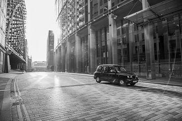 Londen taxi 2016 van Omri Raviv