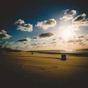 Schapenwolken aan zee