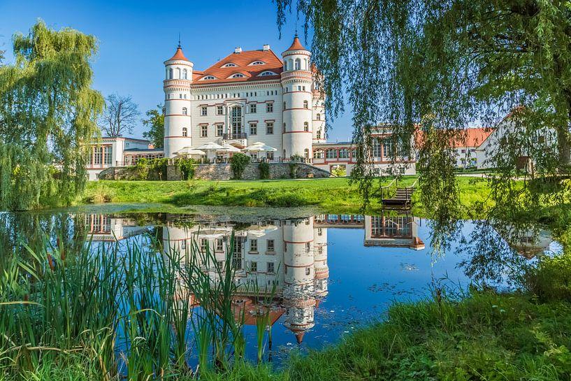 Wojanów Palace near Jelenia Góra van Melanie Viola