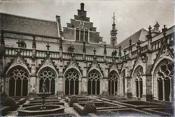Middeleeuws Pandhof van Jan van der Knaap