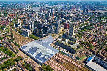 Luchtfoto centrum Rotterdam en Centraal Station van