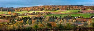 Couleurs d'automne dans la vallée de la Geul près d'Epen