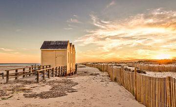 Strandszene im Sonnenuntergang von videomundum