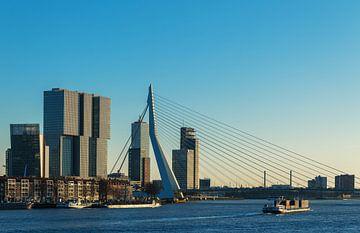 Rotterdam aan de maas von Ilya Korzelius