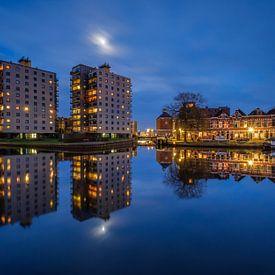 Moon over Groningen Oosterhaven von Koos de Wit