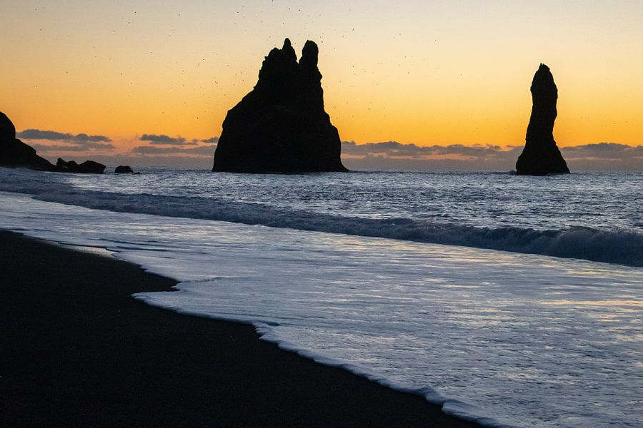 Reynisdrangar aan de zuidkust van IJsland