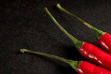 Detail van 3 rode pepers van Mister Moret Photography