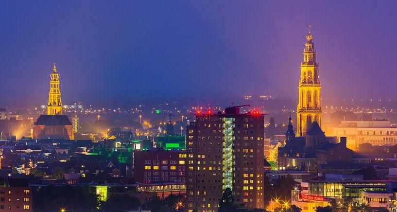 The town of Groningen town during blue hour van Henk Meijer Photography