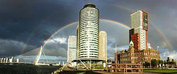 Regenboog in Rotterdam van Rdam Foto Rotterdam
