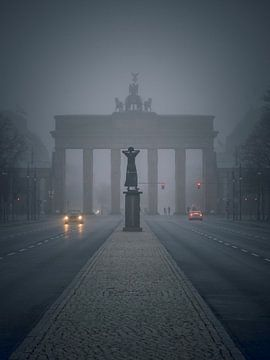 Mist van Iman Azizi