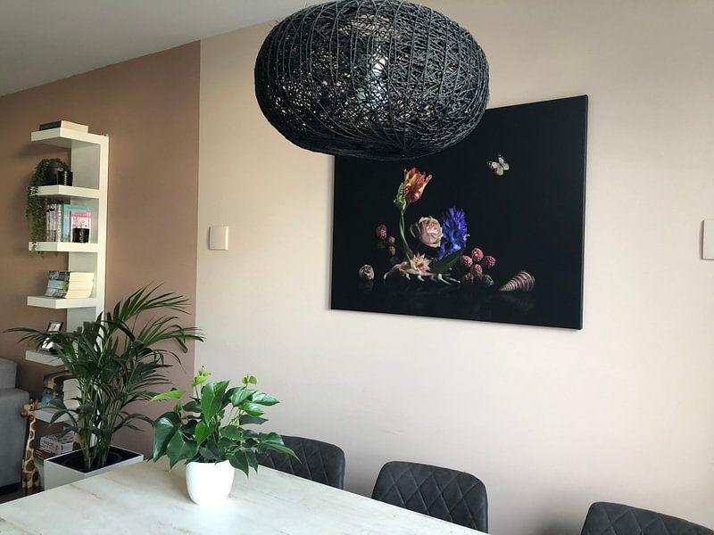 Klantfoto: Love is in the shell Bloemstilleven van Sander Van Laar, op canvas