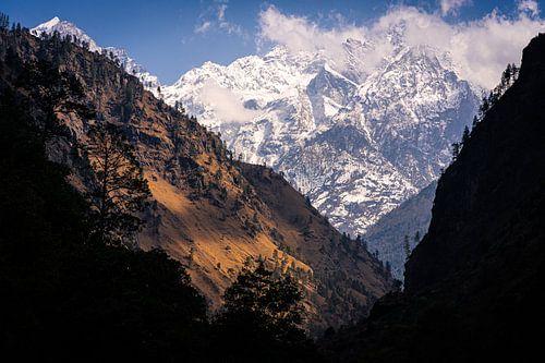 Uitzicht in de bergen van de Himalaya Nepal