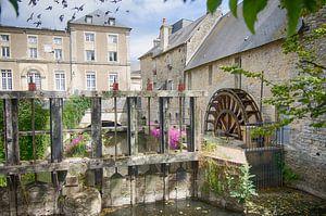 Wassermühle in der Stadt