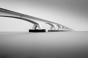Zeelandbrücke im Nebel von Guy Lambrechts