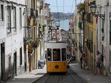 Tram Lisboa van Marco van't Woudt
