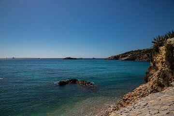 Küste vor Ibiza Stadt von Alexander Wolff