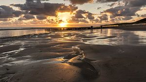 Zonsondergang op strand Westenschouwen van