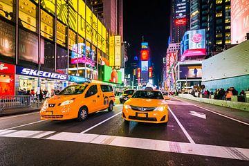 Times Square bei Nacht von Frenk Volt