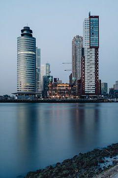 Wilhelminapier - Holland America Line - Rotterdam - Paysage urbain - depuis Katendrecht, Rijnhaven sur Eleana Tollenaar
