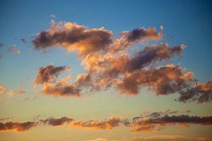 Wolken op een warme zomerdag van Emerik De Sadeleer
