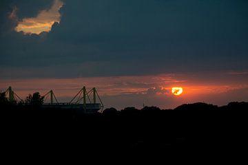Westfalenstadion im Sonnenuntergang von Johnny Flash