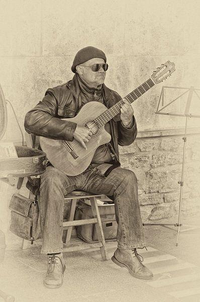 Gitarist in Andalusie van Photobywim Willem Woudenberg