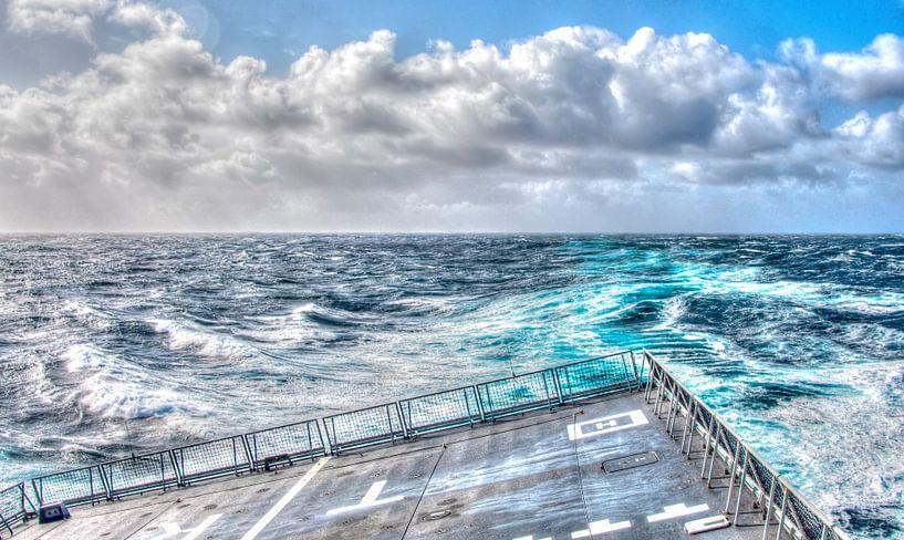 Sailing on the Waves van Alex Hiemstra
