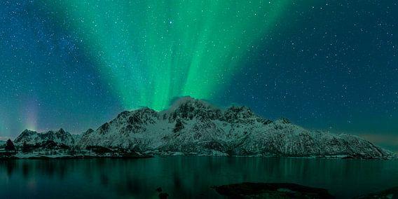 Nordlichter  über den Lofoten in Nordnorwegen