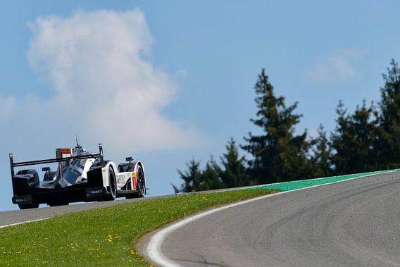 Porsche 919 Hybrid race auto op Spa Francorcahmps van Sjoerd van der Wal