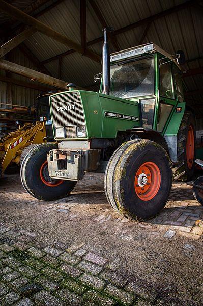 De tractor van de boer van Mark Bolijn