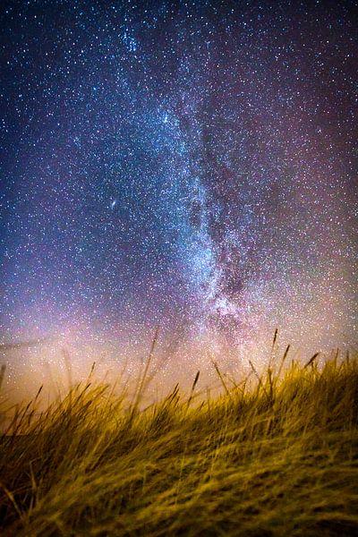 Melkweg vanuit het duin van Alex Hiemstra