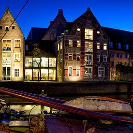 Vue du soir sur le Thorbeckegracht dans la ville de Zwolle sur Sjoerd van der Wal