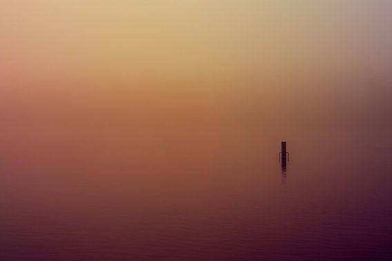 Paars en Oranje Mist over de Rijkerswoerdse Plassen