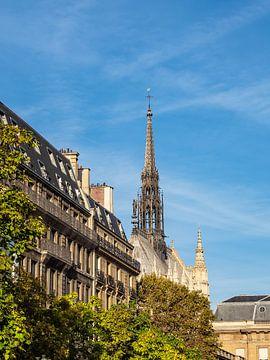 Blick auf die Kapelle Sainte-Chapelle in Paris, Frankreich von Rico Ködder
