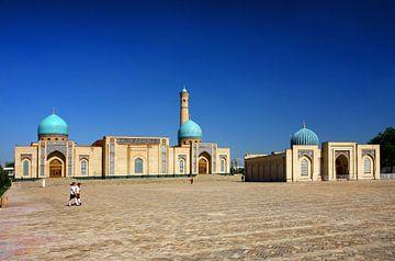 Khast Imam Plein in Tasjkent Oezbekistan van Yvonne Smits