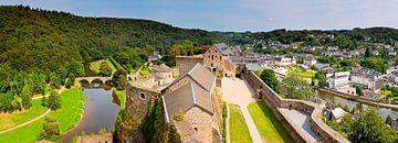 Panorama kasteel van Bouillon in België van