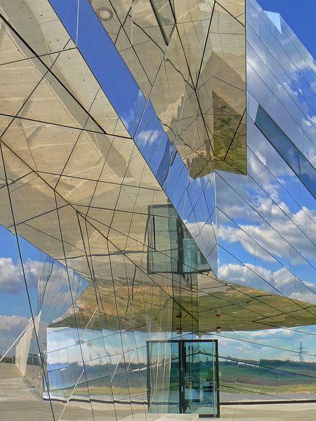 Spiegel, spiegel... aan de gevel van RaSch-BS_Design