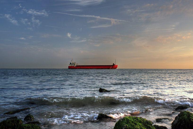 Schip dicht bij kust van MSP Canvas