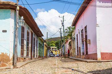 Straat in Trinidad van Rob Altena