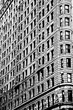 Kiesiges schwarz-weißes Gebäude von Graham Forrester