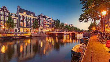 Sfeervolle zomeravond op de Singel in Amsterdam van Remco Piet