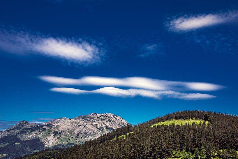 Baskisch heuvellandschap van Harrie Muis