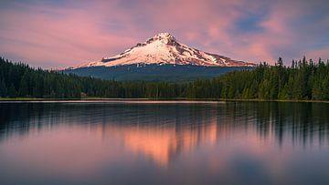 Coucher de soleil au Mont Hood, Oregon, États-Unis sur Henk Meijer Photography