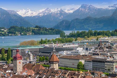 LUCERNE View to Lake Lucerne van Melanie Viola