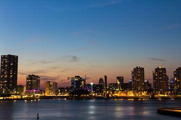 Rotterdam city lights van Brandon Lee Bouwman