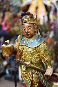 Houten figuur in een Taoistische tempel